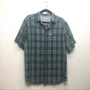 Columbia Size Large Green and White Plaid SPF Top
